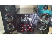 LG FA162 home audio set (Micro set, Black, AC, CD audio, MP3, WMA, AM, FM)