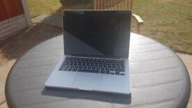 2014 Macbook Pro 13.3 Retina Core i5 2.6ghz 8gb 256sd 144