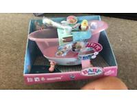 Baby Born Interactive Bathtub with Shower and Foam Functions.