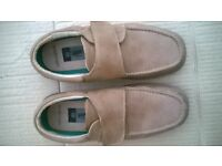 Mens size seven shoes