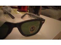 Wayfarer Sunglasses-Unisex as new with case
