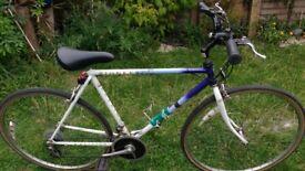 """Raleigh Vintage Racing Bike 21"""" Frame Town Bike. Tyres New Pioneer"""