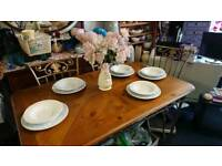 Cast-iron Dining table with 6 chairs