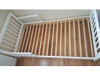 Toddler bed for sale £40 good condition!