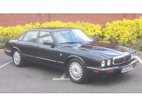 2002 Jaguar xj8 v8 , very low mileage,stunning car, full leather