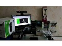 XBOX 360 KINECT 250GB HHD PLUS 25 GAMES
