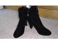 Womens/Crossdresser Black Ankle Boots size 9 EE - New