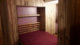 Large double room suitable for couple £600 per month Harrow Wealdstone College Hill Road HA3 7HG