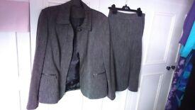 Grey 2 piece suit size 14 ( British Home Stores)