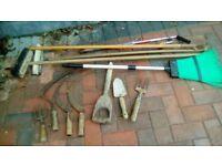 12 old garden tools - hoe, trowel, scythe etc