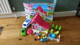 Ecoiffier Abrick Holiday home play set (like playmobil)