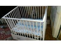 Playpen - white, Dutch, good quality with drawer