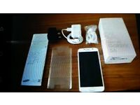 samsung galaxy s6 in pearl white
