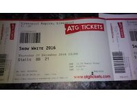 Snow white at Liverpool Empire Thurs 22nd at 1pm £45