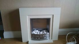Fireplace amazing condition selling as moving very modern and great heat source