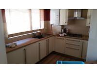 Cyncoed 2 bed furn. 1st fl apartment -stunning view balcony -solo use south facing garden with deck