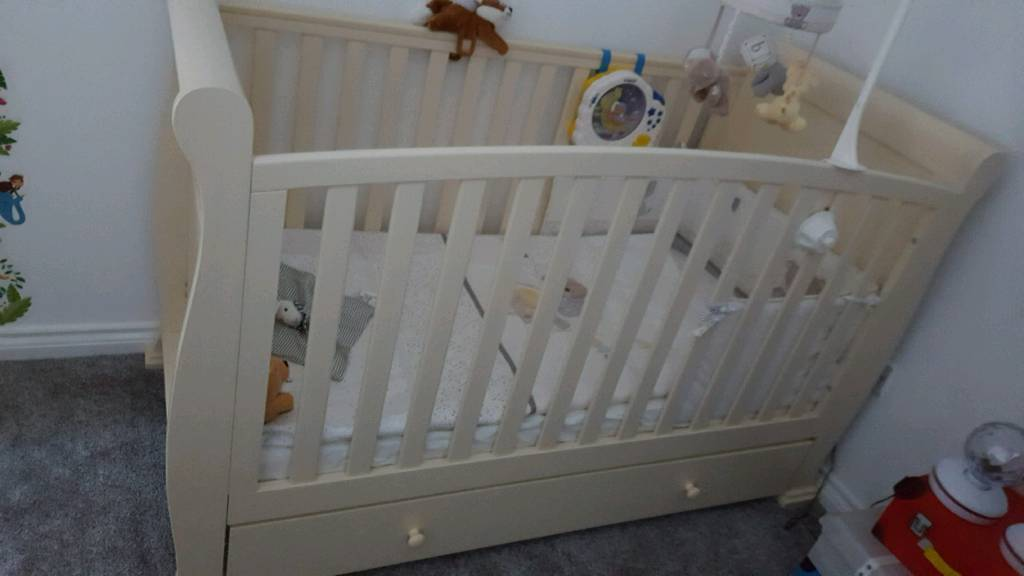 Baby cot white solid wood
