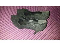 ladies black silver sparkly heels worn once size 6