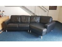 Large 4 seater right hand corner leather sofa black excellent condition