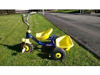 Children's trike with push handle