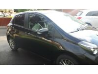 Toyota Yaris Icon in excellent condition. Black Metallic.