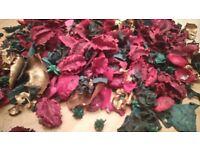 Big Bag of Red/Green/Gold Christmas Pot Pourri