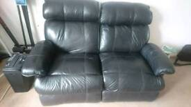 2 seater extensible black leather sofa