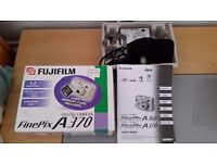 Fujifilm Finepix A370 digital camera in original box with carry case, s.ware and instructions