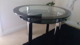 Table Round Glass with Chrome Legs