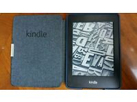 Brilliant Amazon Kindle Paperwhite and official sleep cover case