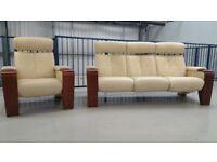 Ekornes Stressless 3 seater recliner settee & 1 chair leather recliner cream