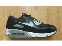 Nike air Max Essential .... uk 10