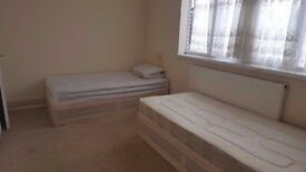 SINGLE BED IN SHARED ROOM/ CANARY WHARF