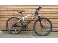 BTwin Rockrider 5.2 Mountain Bike
