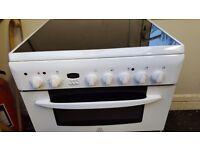Indesit Ceramic Hob 60 cm Free Standing