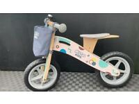 Kids easy to carry wooden balance bike