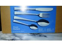 Madison Cutlery set of 32 pieces