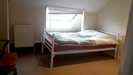 Small double bedroom with private acces