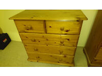 chest of drawers for sale 40£