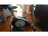 INFINITI JT950 MAGNETIC RESISTANCE EXERCISE BIKE