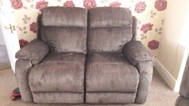 2 seater manual recliner settee vgc