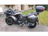 Kawasaki 1400 GTR Motorbike