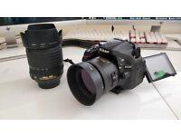 Nikon D5200 + 18-105mm f/3,5-5,6 + 35mm f/1,8