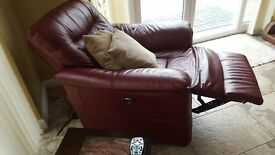 RECLINING 3 SEATER SOFA & ARM CHAIR IN RED LEATHER