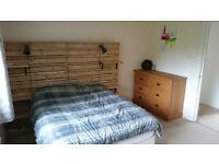 2 double beds + 2 double mattresses BAIRGAIN