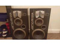 Jamo speakers.