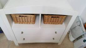 Draws for nursery with baskets