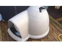 Igloo dog kennel Insulated Waterproof Outdoor