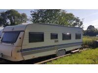 Quick Sale - Reduced price! Hobby Caravan - 5/6 birth - Fantastic buy