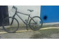Unisex town bike good running condition